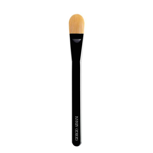 Shaping Foundation Brush